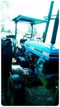 Trator  Ford/New Holland 6610 4x2