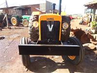 Trator Valtra/Valmet 85 4x2 ano 81