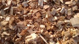 Vendo casca de pinus e cavaco pinus e eucalipto