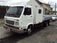Alugo Caminhão com cabine complementar para 8 passageiros