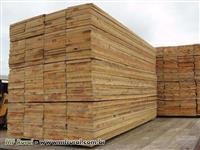 Carga fechada de madeira