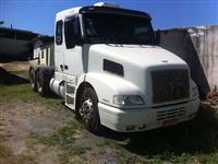 Caminhão  Volvo NH12 380  ano 03