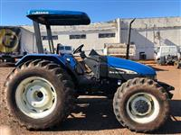 Trator New Holland TL 95 E 4x4 ano 06