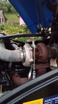 Trator New Holland TL 75 E 4x4 ano 16