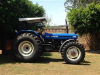 Trator Ford/New Holland 8030 S100 4x4 ano 04
