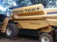 COLHEITADEIRA TC 57