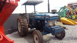 Trator Ford/New Holland 6610 4x2 ano 84