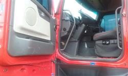 Caminhão Volvo FH 440 ano 09