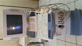 aparelho de ultra som marca TOSHIBA modelo NEMIO20 COMPLETO COM 3 SONDAS LINEAR,CONVEXA E ENDOCAVITÁ