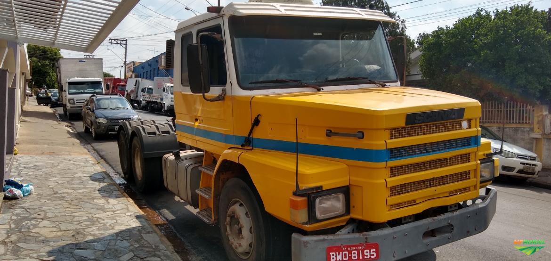 Caminhão Scania 113 360 ano 94