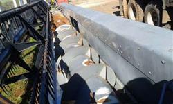 Plataforma soja valtra 30 pés
