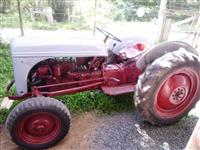Trator Ford/New Holland 8 N 4x2 ano 49