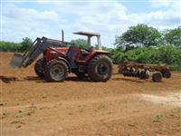 Trator Massey Ferguson 650 Advanced 4x4 ano 03