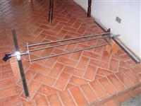 Carrossel de espeto para churrasco no rolete com 3 lanças