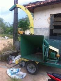 triturador de galhos pinheiro TP400