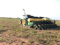 Trator John Deere 8300 4x4 ano 01