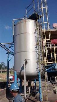 Tanque de inox com misturador, 24 mil litros