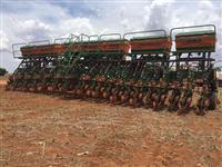 Plantadeira Stara Absoluta (29) 26 Linhas de 0,5 R$ 200,000