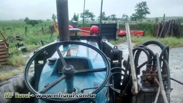 Trator Ford/New Holland 7610 4x4 ano 90