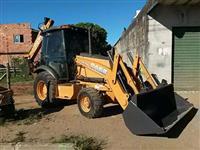 Trator Case 580N 4x2 ano 12