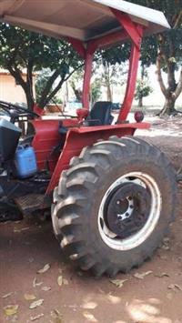 Trator Yanmar 1050D 4x4 ano 92