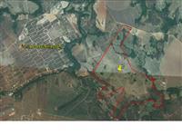 Fazenda 20 km do centro de Caldas Novas e ao lado do Aeroporto