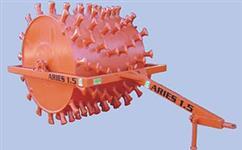 Rolo compactador rebocável