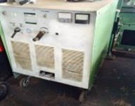 Máquina de solda 600 A - White Martins