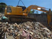 Escavadeira Komatsu PC130 ano 2013  1200 horas