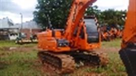 Escavadeira Doosan DX180,ano 2012 com 2.490 horas