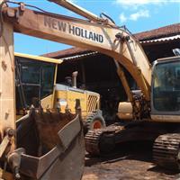 Escavadeira New Holland E215 ME