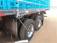 Caminhão Ford C 2422e 6x2 ano 93