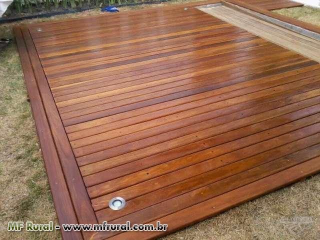 Fabricação E Instalação de deck e pergolado em madeira de lei