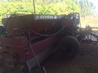 Distribuidor de calcário NEVOEIRO ST4 10.010 com sistema de Agricultura de Precisão