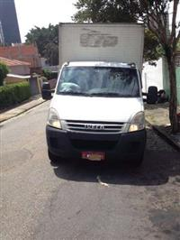 Caminh�o Iveco Daily Chassi-Cabine ano 14