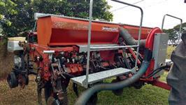 Plantadeira Jumil 2650 pneumática