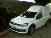 Vendo Volkswagen Saveiro 2015 com pouquíssimo uso