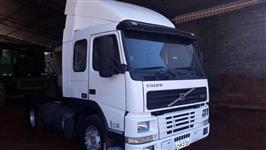 Caminhão Volvo FM 340 ano 03