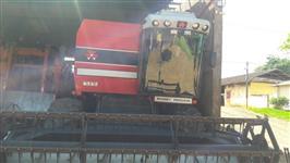 COLHEITADEIRA DE GRÃOS MF 5650
