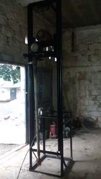 Máquina de furar poço
