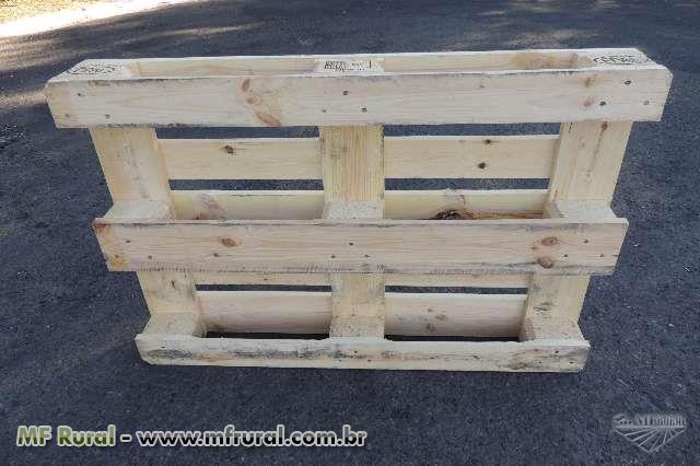 Palete/ Pallet de madeira (pinus) - 1,20x0,80m - EURO