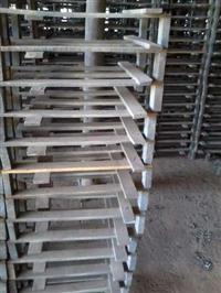 Grade de madeira para secagem de telhas