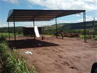Estruturas metálicas , coberturas e cochos metálicos