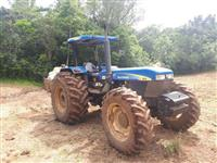 Trator Outros New Holland 4x4 ano 13