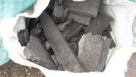 Carvão vegetal saco 23 kg em media