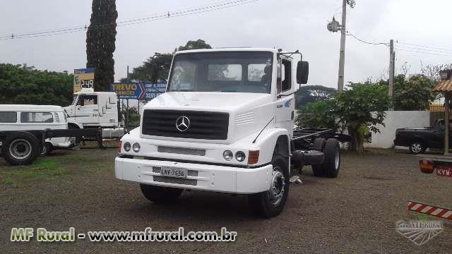 Caminhão Mercedes Benz (MB) L 1620 6x2 ano 80