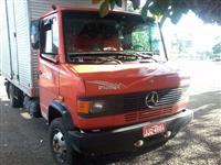 Caminhão Mercedes Benz (MB) 914 ano 98