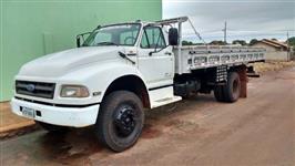 Caminhão Ford F12000 ano 96