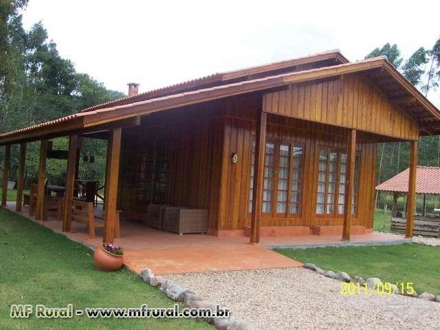 Casa de Madeira de Lei Pré Fabricada - Kit p/ Exportação