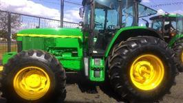 Trator John Deere 7505 4x4 ano 02